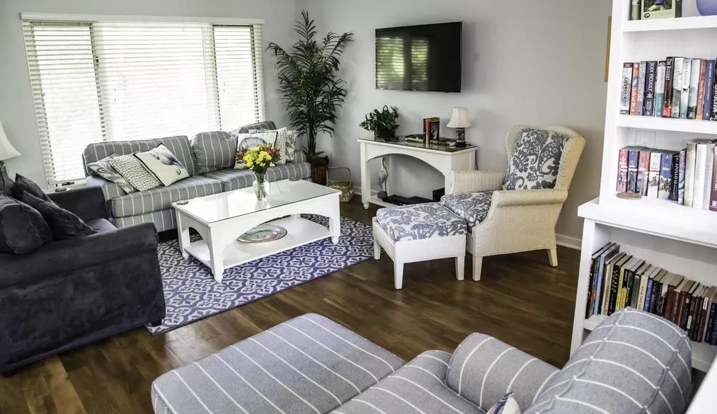 Fairway Oaks - Living Room