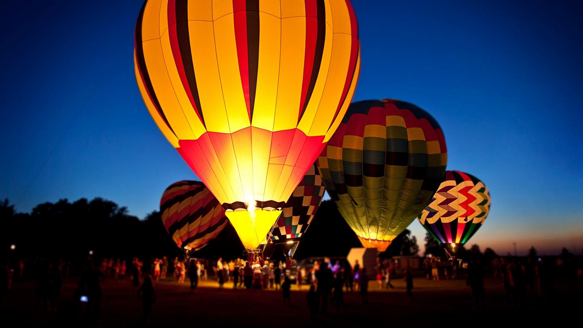 Charleston Hot Air Balloon Festival - Night Glow